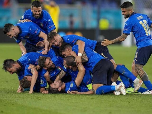 Fußball-EM: Italien nach Sieg gegen die Schweiz im EM-Achtelfinale