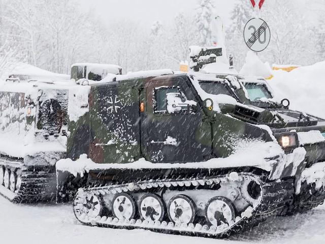 BV 206 S Hägglunds der Bundeswehr - Er kommt überall hin: Das ist der Mini-Panzer der Schnee-Helden