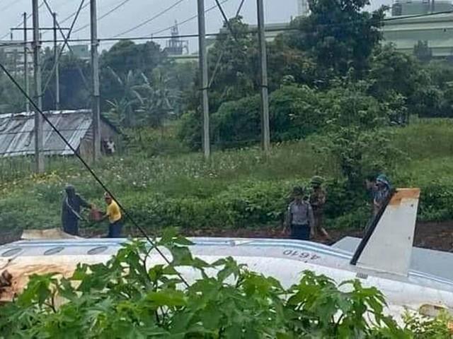 Mindestens zwölf Tote nach Absturz von Militärflugzeug in Myanmar