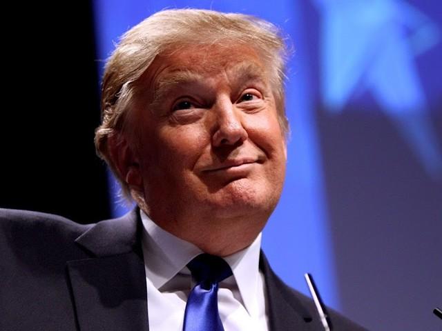 Sonntagsfrage: Was halten Sie davon, dass Trump erwägt, sich selbst zu begnadigen?