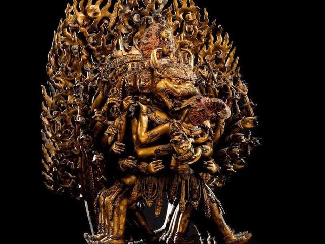Auktion: Rekordpreis für Figur aus der Ming-Dynastie