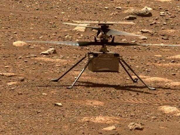Marsmission: Mars-Hubschrauber knipst Hügel - und muss schneller drehen