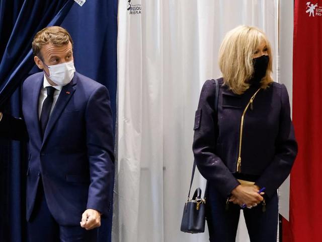 Schlappe bei Regionalwahlen in Frankreich: Le Pen und Macron unter Druck