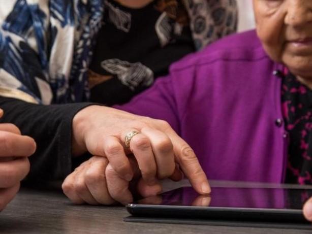 Digitale Kluft: Warum viele Ältere offline sind