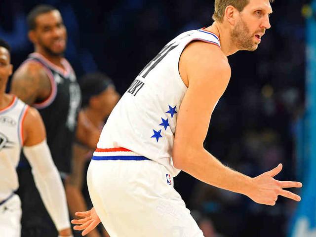 Team Giannis verliert gegen Team LeBron : Nowitzki glänzt bei Allstar-Spiel mit perfekter Trefferquote