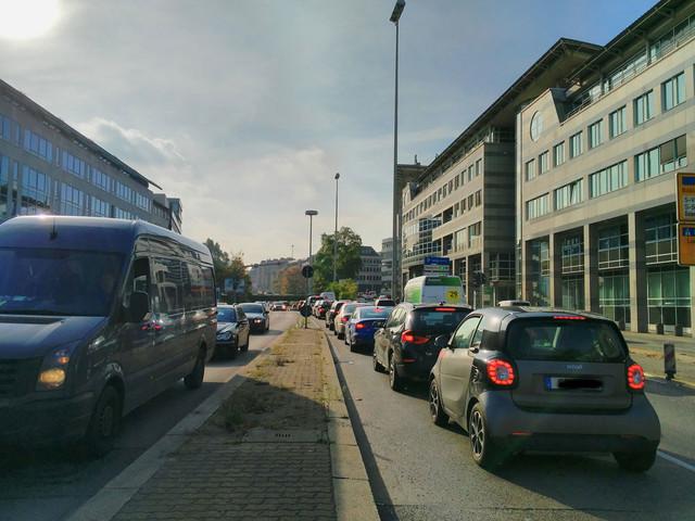 Stuttgart: Eine Autostadt auf der Suche nach der Zukunft