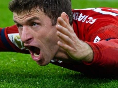 """Hoeneß:""""Wir müssen beim FC Bayern alles hinterfragen"""""""