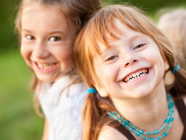 Tipps für Kinder-Kalender: Hängteuch Witze an die Wand!