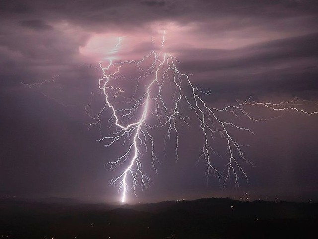 Deutscher Wetterdienst warnt vor Unwettern mit Hagel, Sturm und Starkregen