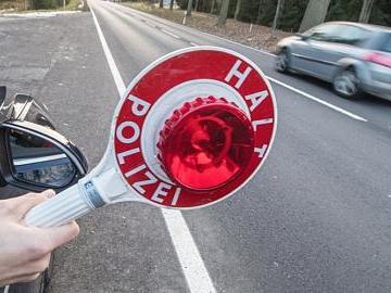 Polizeibericht: Auto angefahren: 300 Euro Schaden