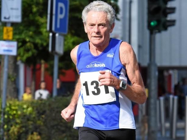 Laufsport: Werner Stöcker läuft Deutschen M80-Rekord über 100 Kilometer