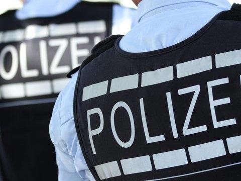 Karlsruhe/Stuttgart: Razzia nach Angriff bei Corona-Demo