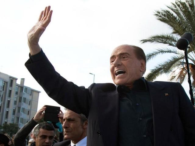 Berlusconi kündigt Kandidatur bei EU-Wahl an