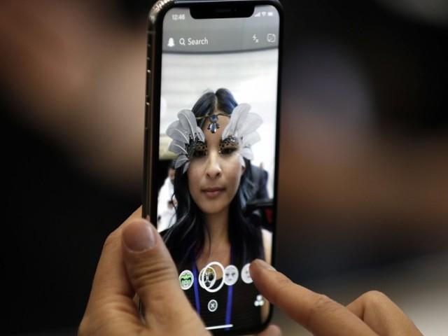 Das iPhone X: Ein Sprung in düstere Vergangenheit