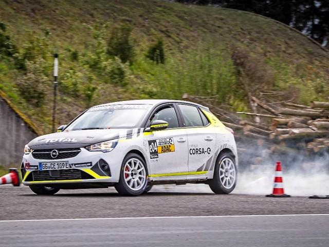 Das ist mal ein Blitzschlag: Opel Corsa-e Rally - für kommende Profis