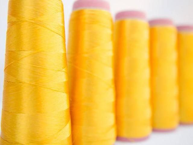 Stella McCartney und Bolt Threads kollaborieren an nachhaltigen Stoffen