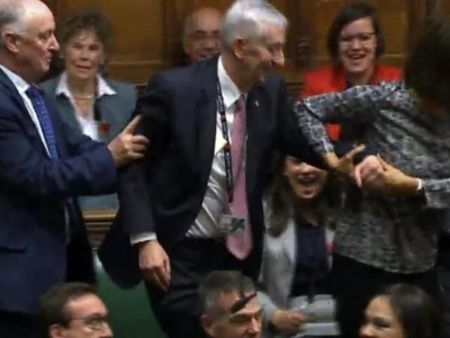 Lindsay Hoyle ist neuer Präsident des britischen Unterhauses