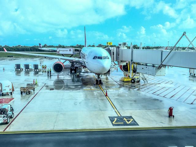 Kommentar zu Air Berlin Langstrecke – Die Hölle am Boden ? von Rolf