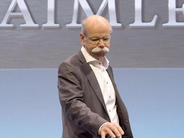 Daimler-Chef tritt ab - Zetsche kriegt im Ruhestand 4250 Euro pro Tag - dabei ist seine Bilanz mittelmäßig