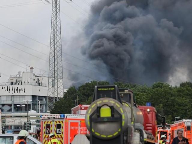 Chempark-Unglück im News-Ticker - Verheerende Explosion in Leverkusen - zwei Tote, vier Schwerverletzte, Autobahnen gesperrt
