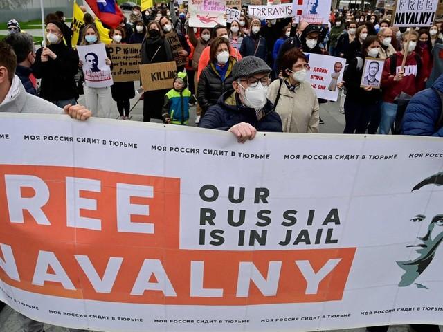 Nach 20 Tagen im Hungerstreik : Alexej Nawalny endlich von zivilen Ärzten untersucht