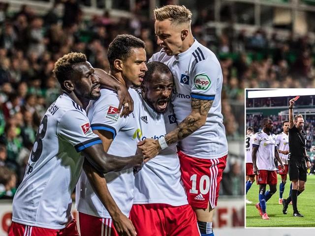 Zwei Rote Karten, aberkanntes Freistoß-Tor: HSV gewinnt hitziges Nord-Derby