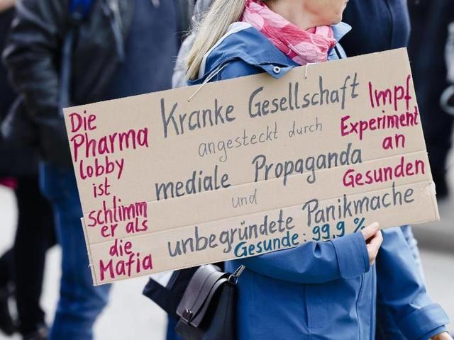 """Corona-Pandemie: Schäuble über """"Querdenker"""": Unerträgliche Überheblichkeit"""