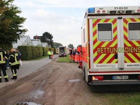 Giftiges Gas tritt aus: 13 Verletzte in Rellinger Pflanzenhandel