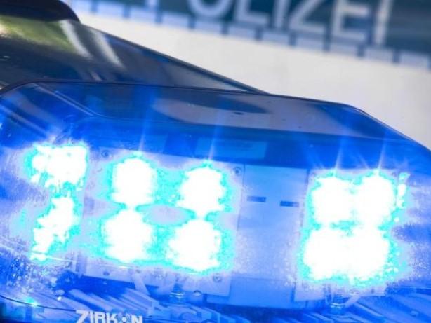 Kriminalität: Gedenksteine in Bremen erneut mit Hakenkreuz beschmiert