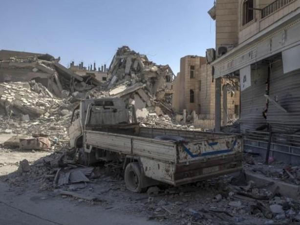 Ehemalige IS-Hochburg: Militärbündnis erklärt komplette Befreiung von Al-Rakka