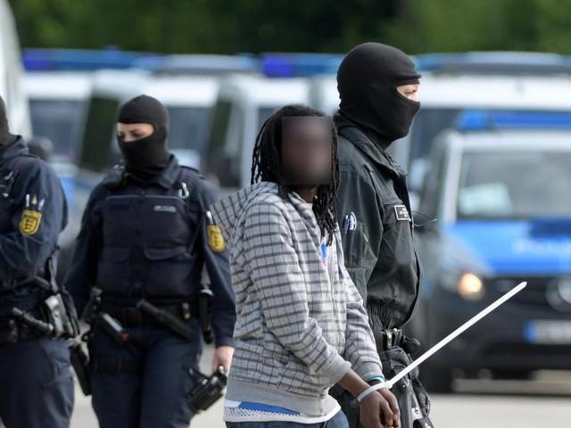 Abgeschobener Kameruner ist wieder in Deutschland