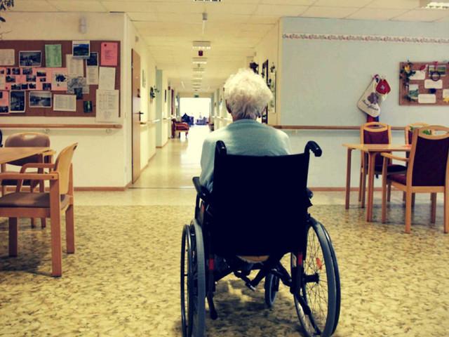 """Altenpflegerin: """"Frau Merkel, das würde Sie erwarten, wenn Sie ins Heim kämen"""""""