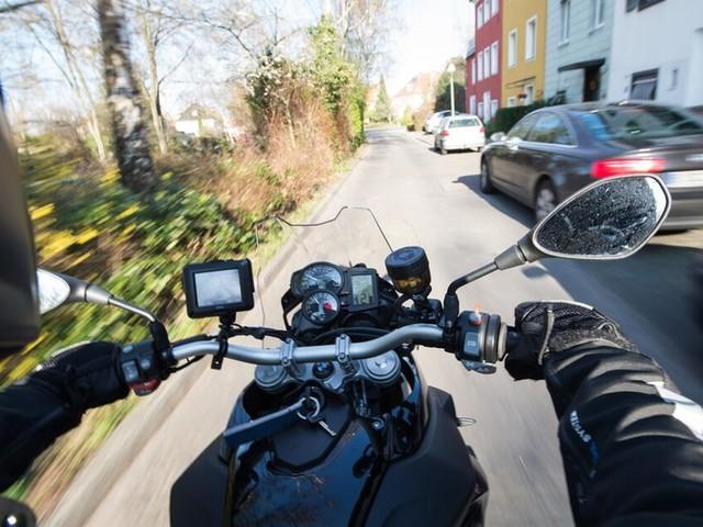 Autofahrer sollen auch leichte Motorräder fahren dürfen - mit Einschränkungen