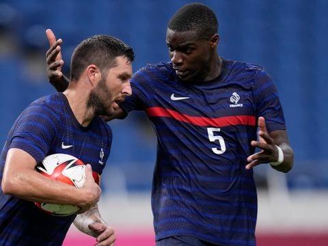 Olympische Spiele: Frankreichs Fußballer feiern ersten Sieg in Japan