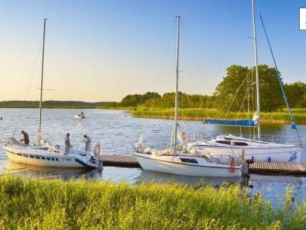 Suche nach der Ruhe: Bootsurlaub in Masuren