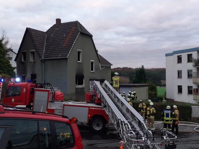 Fröndenberg: Feuerwehr im Großeinsatz – Frau stirbt in Flammen
