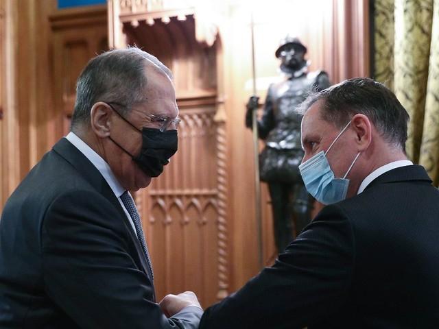 Auf Linie mit Positionen Moskaus: AfD will Beziehungen zu Russland ausbauen