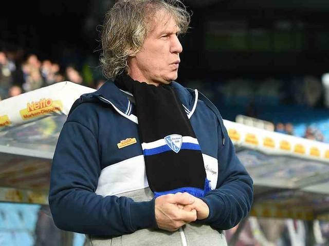 In Adelaide: Ex-Bochum-Trainer Verbeek mit neuem Job in Australien