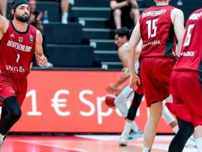 Hamburg - Die deutschen Basketballer haben beim Supercup in Hamburg ihren zweiten klaren Sieg gefeiert.
