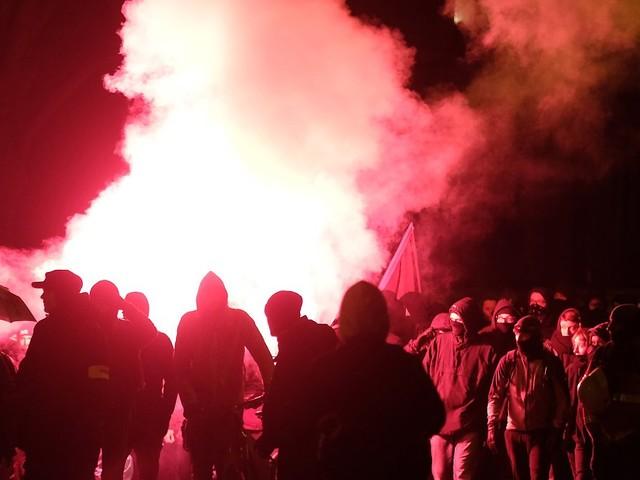 Sechs Polizisten verletzt: Linke Demo in Leipzig artet aus