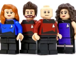 Star Trek TNG als LEGO Minifigs