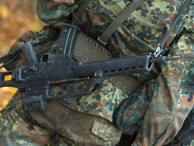 Ermittler haben Zweifel: War Angriff auf Soldat in Berlin nur ausgedacht?
