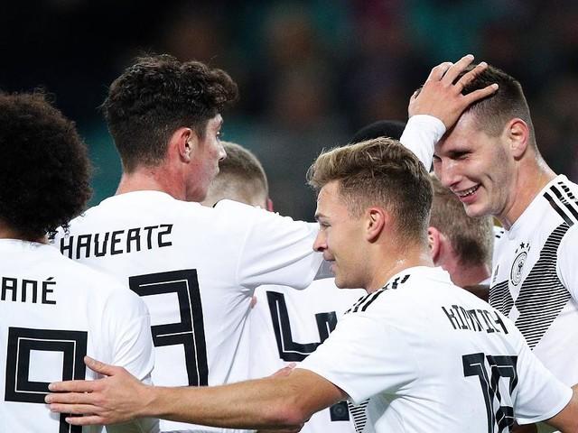 Kolumne von Pit Gottschalk - DFB-Team: Löw plant schon für die EM: Leader und Keeper der Zukunft