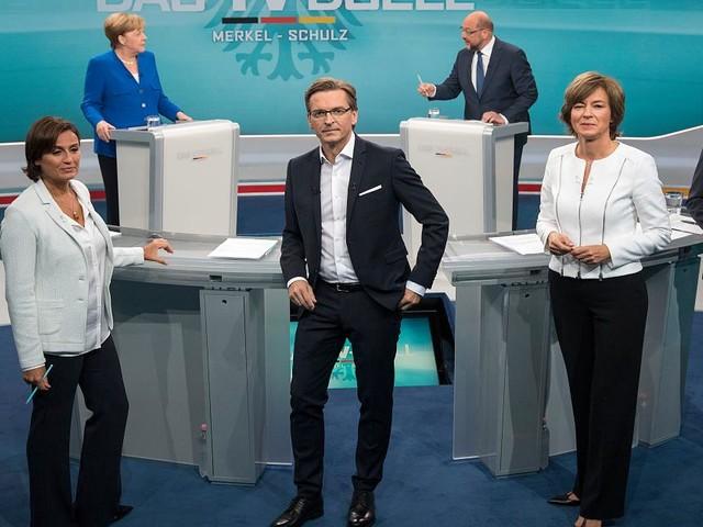 """TV-Kolumne """"TV Duell - Merkel gegen Schulz"""" - Was erlauben Strunz? Nur einer der Moderatoren kann im TV-Duell wirklich überzeugen"""