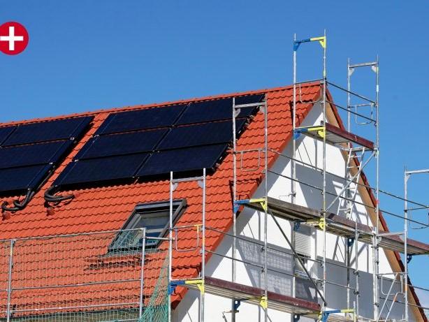 Gesetzesentwurf: Solaranlagenpflicht auf Dächern: Scharfe Kritik vom Handwerk