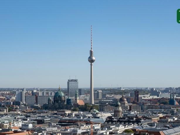 Corona in Berlin: Corona-Inzidenzin Berlin stagniert