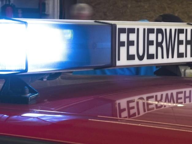 Feuer in einer Wohnung: Mann stirbt bei Sprung aus Fenster