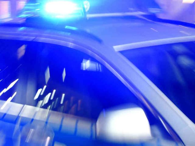 Drei Häuser in Köln evakuiert: Explosion in Mehrfamilienhaus - ein Mann schwer verletzt