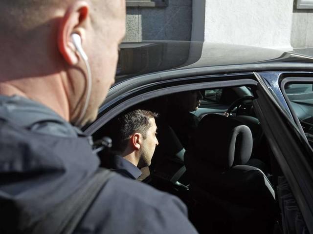 Auto des Assistenten von ukrainischem Präsidenten unter Beschuss – Fahrer verletzt