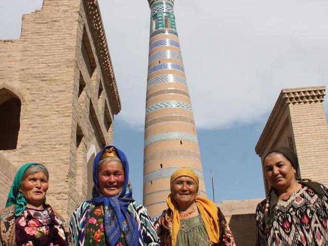 Khiva: Fremde Gesichter in der Stadt der vielen Märchen